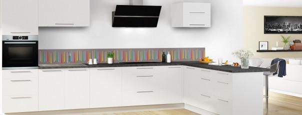Crédence de cuisine Barres colorées couleur taupe dosseret en perspective