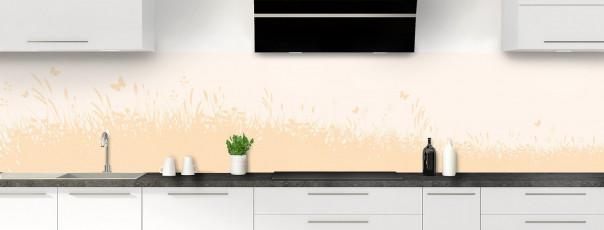 Crédence de cuisine Prairie et papillons couleur magnolia panoramique