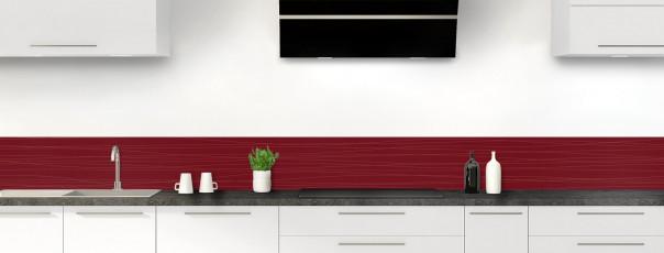 Crédence de cuisine Lignes horizontales couleur rouge pourpre dosseret