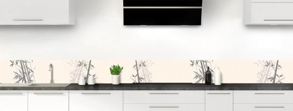 Crédence de cuisine Bambou zen couleur magnolia dosseret motif inversé