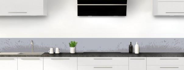 Crédence de cuisine Prairie et papillons couleur gris métal dosseret motif inversé