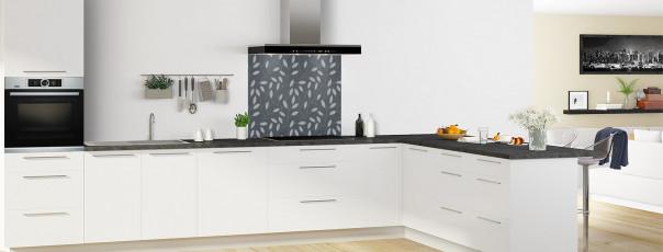 Crédence de cuisine Rideau de feuilles couleur gris carbone fond de hotte en perspective