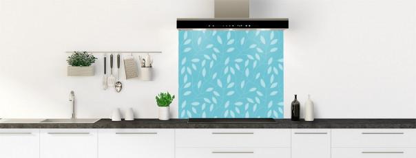Crédence de cuisine Rideau de feuilles couleur bleu lagon fond de hotte