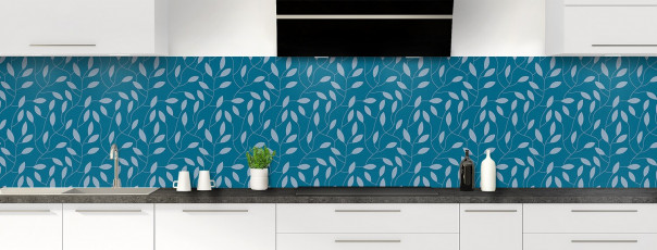 Crédence de cuisine Rideau de feuilles couleur bleu baltic panoramique
