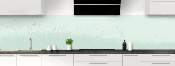 Crédence de cuisine Prairie et papillons couleur vert eau panoramique