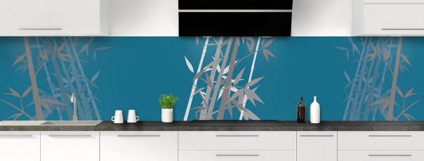 Crédence de cuisine Bambou zen couleur bleu baltic panoramique