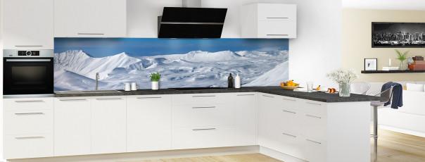 Crédence de cuisine Montagnes enneigées couleur panoramique en perspective