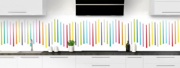 Crédence de cuisine Barres colorées couleur blanc panoramique