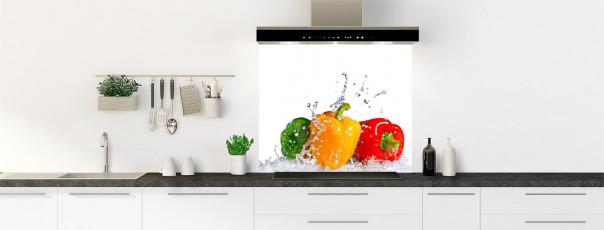 Crédence de cuisine Aqua et poivrons fond de hotte motif inversé