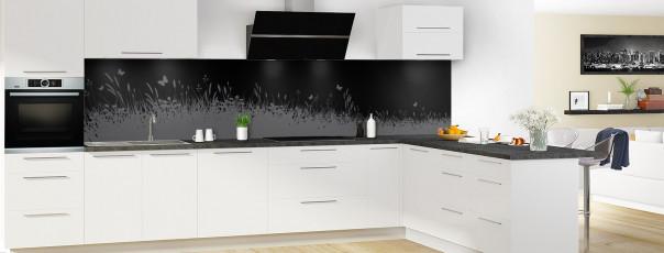 Crédence de cuisine Prairie et papillons couleur noir panoramique en perspective