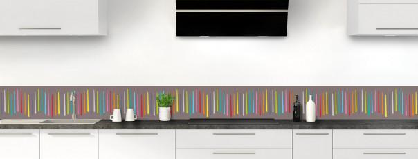 Crédence de cuisine Barres colorées couleur taupe dosseret