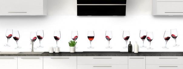 Crédence de cuisine Verres de vin rouge panoramique motif inversé