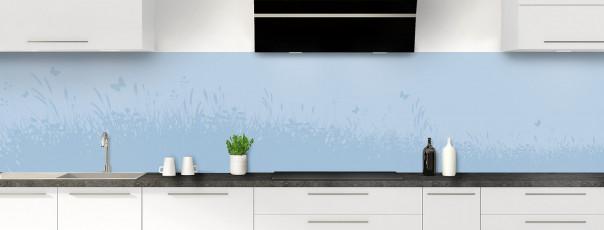 Crédence de cuisine Prairie et papillons couleur bleu azur panoramique