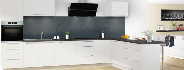 Crédence de cuisine Prairie et papillons couleur gris carbone panoramique motif inversé en perspective
