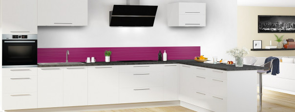 Crédence de cuisine Lignes horizontales couleur prune dosseret en perspective