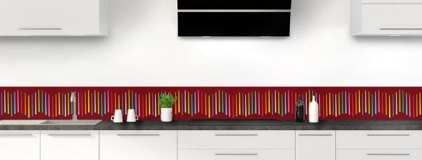 Crédence de cuisine Barres colorées couleur rouge pourpre dosseret