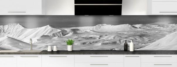 Crédence de cuisine Montagnes enneigées Noir et blanc panoramique
