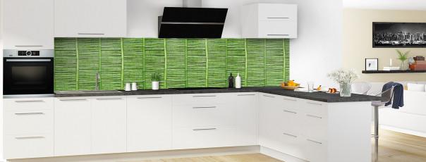 Crédence de cuisine Palissade de bambou vert panoramique en perspective