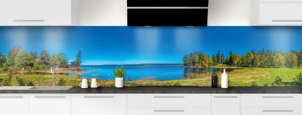 Crédence de cuisine Lac boisé panoramique
