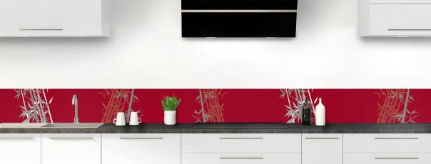 Crédence de cuisine Bambou zen couleur rouge carmin dosseret motif inversé