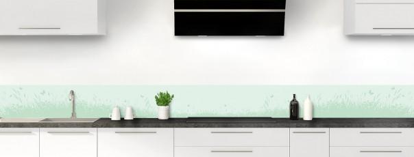 Crédence de cuisine Prairie et papillons couleur vert eau dosseret