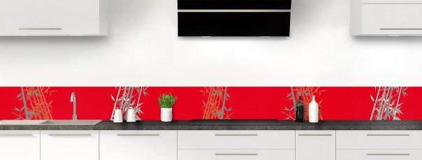 Crédence de cuisine Bambou zen couleur rouge vif dosseret