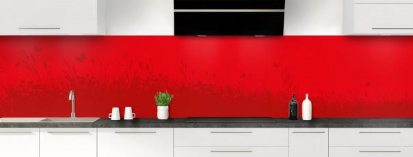 Crédence de cuisine Prairie et papillons couleur rouge vif panoramique