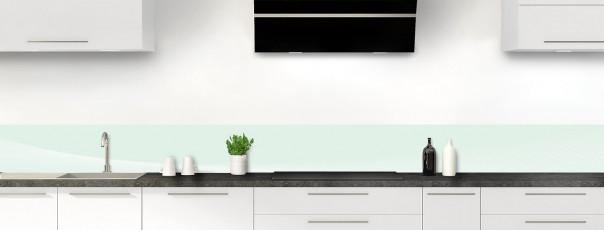 Crédence de cuisine Ombre et lumière couleur vert eau dosseret