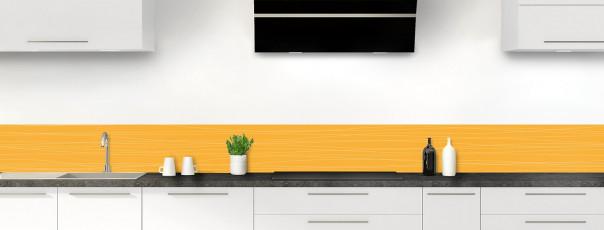 Crédence de cuisine Lignes horizontales couleur abricot dosseret