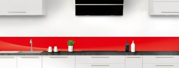 Crédence de cuisine Ombre et lumière couleur rouge vif dosseret