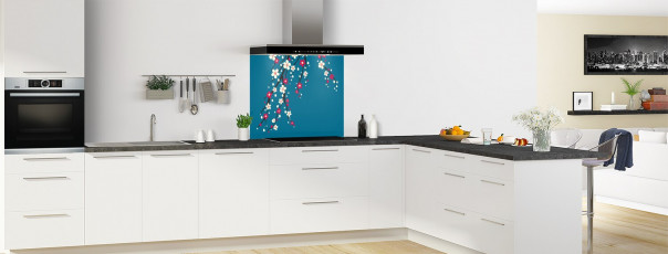 Crédence de cuisine Arbre fleuri couleur bleu baltic fond de hotte motif inversé en perspective
