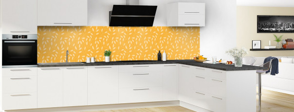 Crédence de cuisine Rideau de feuilles couleur abricot panoramique en perspective