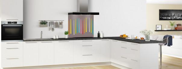 Crédence de cuisine Barres colorées couleur taupe fond de hotte en perspective