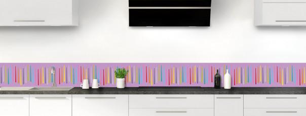 Crédence de cuisine Barres colorées couleur parme dosseret