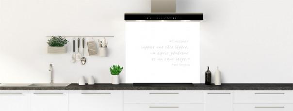Crédence de cuisine  Citation Paul Gauguin couleur blanc fond de hotte