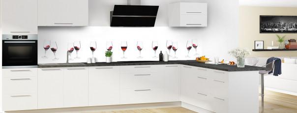 Crédence de cuisine Verres de vin rouge panoramique motif inversé en perspective
