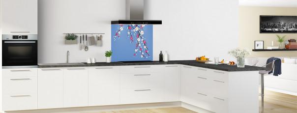 Crédence de cuisine Arbre fleuri couleur bleu lavande fond de hotte en perspective