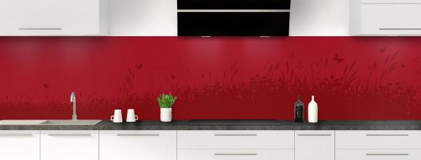 Crédence de cuisine Prairie et papillons couleur rouge carmin panoramique motif inversé