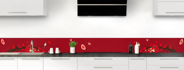 Crédence de cuisine Cerisier japonnais couleur rouge carmin dosseret
