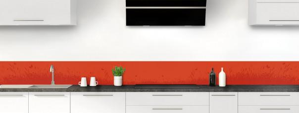 Crédence de cuisine Prairie et papillons couleur rouge brique dosseret motif inversé