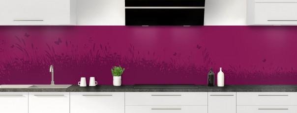 Crédence de cuisine Prairie et papillons couleur prune panoramique