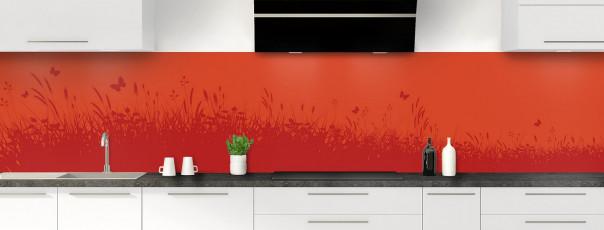 Crédence de cuisine Prairie et papillons couleur rouge brique panoramique