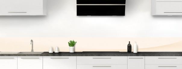Crédence de cuisine Ombre et lumière couleur magnolia dosseret motif inversé