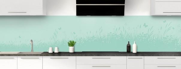Crédence de cuisine Prairie et papillons couleur vert pastel panoramique motif inversé